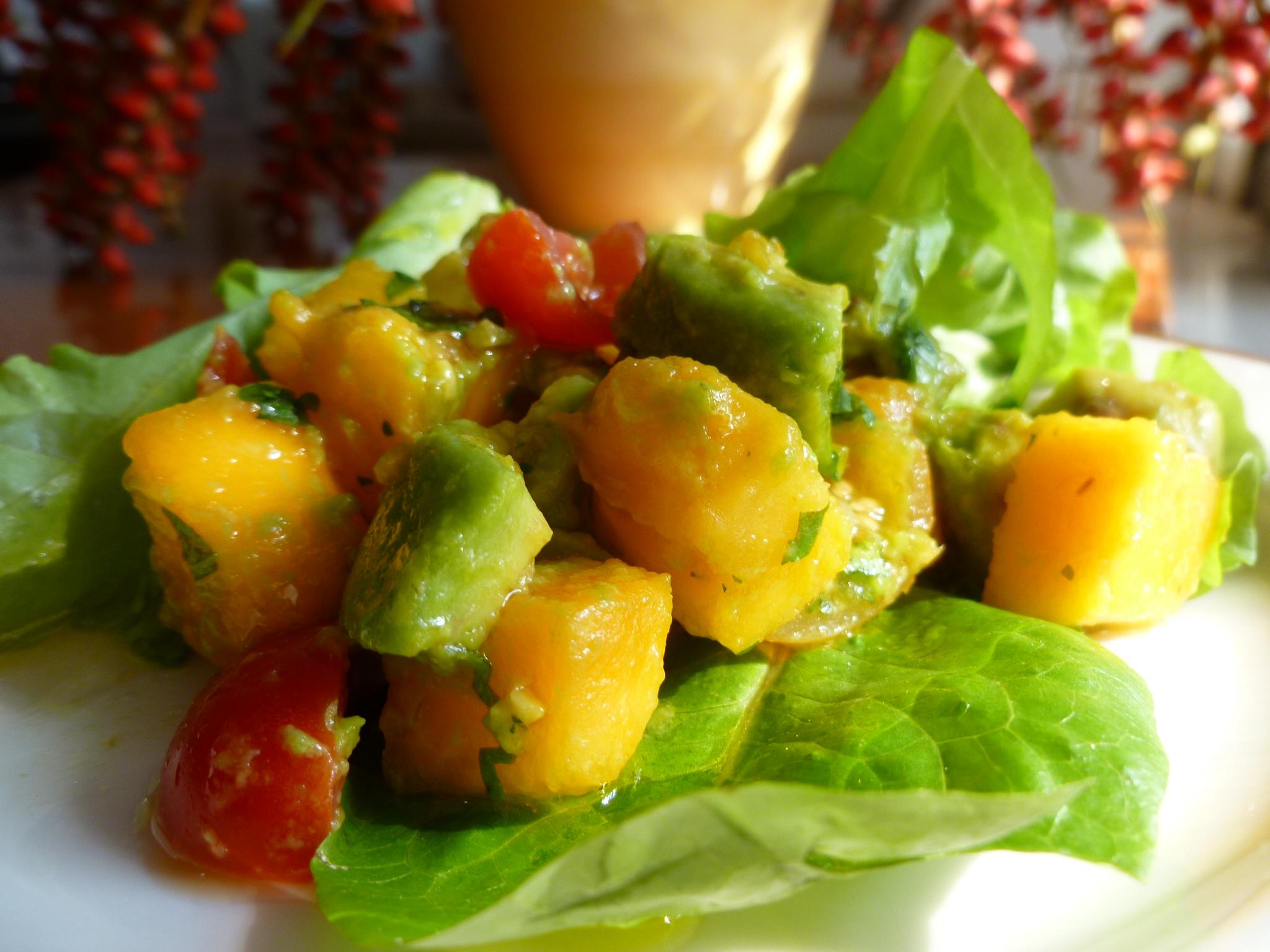 Avocado and papaya salad with louisiana hot sauce marinade fresh sciox Images
