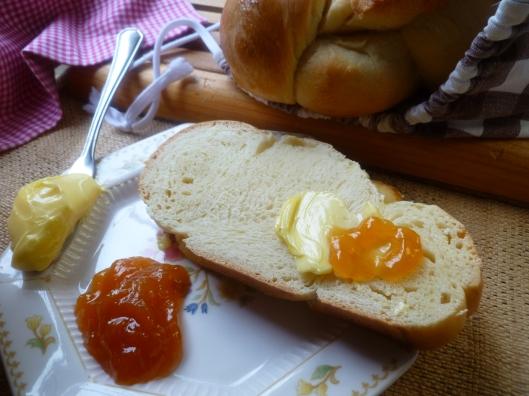 zopf set two choc bread and spread cheese stina 009