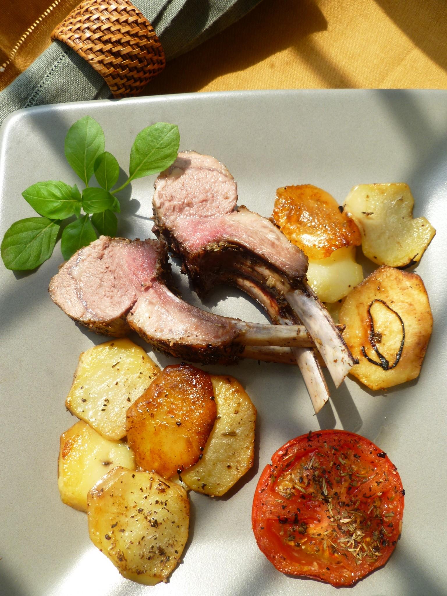 rack of lamb provence style carré d u0027agneau a la provençale with
