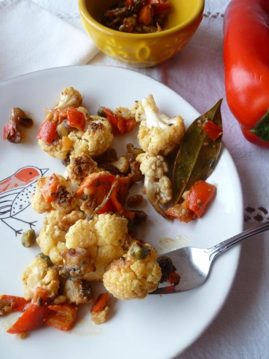cauliflower with creamcaperspinenutsraisines 017