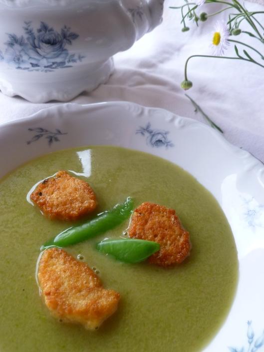 kitchen soup finished 016