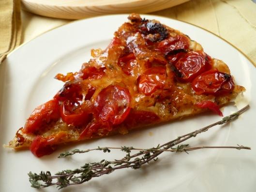 Tatin de tomates ~ Upside-down Tomato Tart | diplomatickitchen